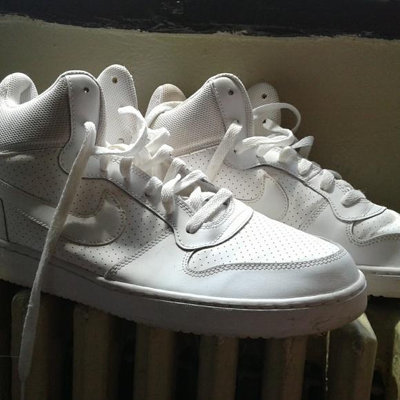 Nike Shoes - WHITE NIKES SIZE11M
